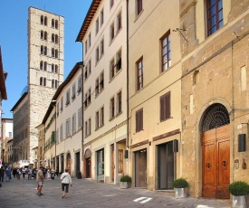 Arezzo Apartment Sleeps 4