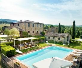 Arezzo Villa Sleeps 20 with Pool