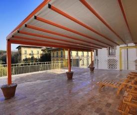 Attico Incerpi, terrazza sui tetti di Montecatini Terme