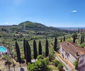 Villa Maona - con piscina tra Firenze e Pisa