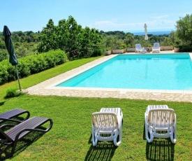 Casale Marittimo Villa Sleeps 7 Pool