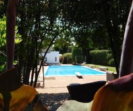 Appartamento con piscina immersa nel verde