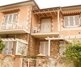 Casa Vacanze Lucchesi