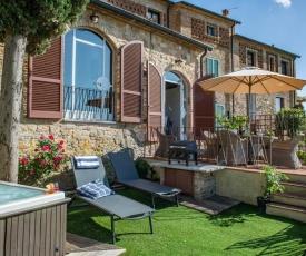 La Casa di Castelfalfi. 3 bedrooms family villa