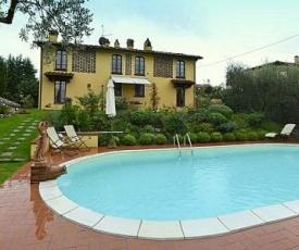 Castelfiorentino Villa Sleeps 10 Pool WiFi