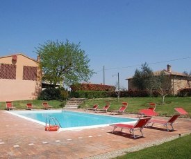 Castelfiorentino Villa Sleeps 4 Pool