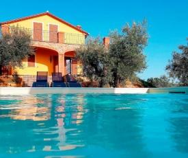 Locazione Turistica Villa L' Olivo - GUA120