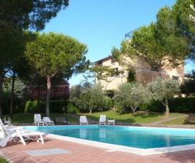 Residence La Villa Apartment with pool