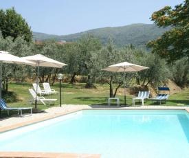 Splendid villa with swimming pool in Tuscany