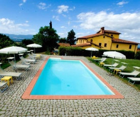 Apartment with one bedroom in Castelfranco Piandisco with shared pool