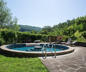 House with 3 bedrooms in Castelnuovo di Garfagnana with wonderful mountain view private pool enclosed garden