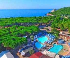 Holiday resort Baia Azzurra Castiglione della Pescaia - ITO03100d-MYC