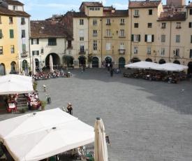 Micheli Suite Anfiteatro Square