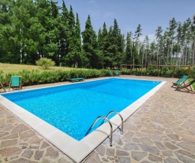 Beautiful Cottage in Scheggia with Swimming Pool