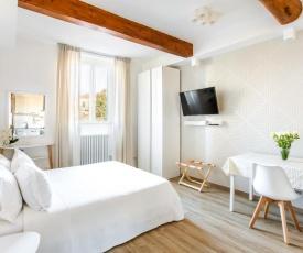 Florence Liona Apartments