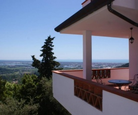 Large villa with sea-view close to Lucca and Pisa