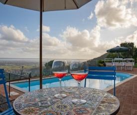 Villa Jasmine con vista mare e piscina