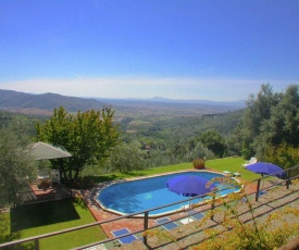 Amazing Cottage in Cortona with Great Views and Pool