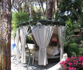 Marina di Castagneto Carducci Apartment Sleeps 2