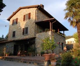 Casa Dina
