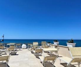 Hotel Cecina Beach