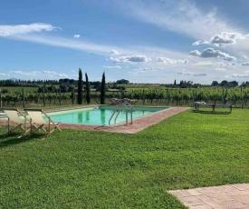 Charming 10 pax Villa in Cortona private pool