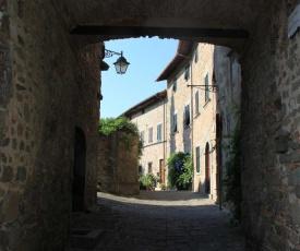 "antica casa ""le rondini"""