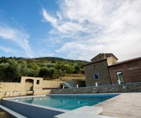 Cortona Villa Sleeps 12 Pool Air Con WiFi
