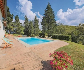 Cosy Holiday Home in Borgo San Lorenzo with Swimming Pool