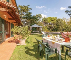 Two-Bedroom Apartment in Crespina -PI-
