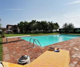 Tranquil Home in Foiano della Chiana with Terrace