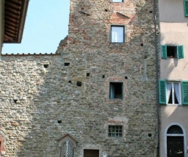 Figline Valdarno Apartment Sleeps 4 with Air Con and WiFi