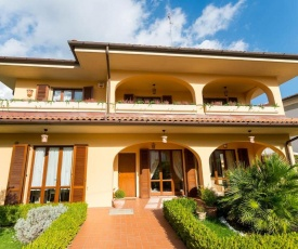 Hidden Tuscan Treasure