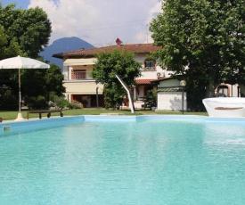 Apartments Villa Fiocco Mare Capezzano Pianore - ITO01327-DYB