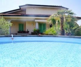 Holiday Home Lea Capezzano Pianore - ITO01100g-F